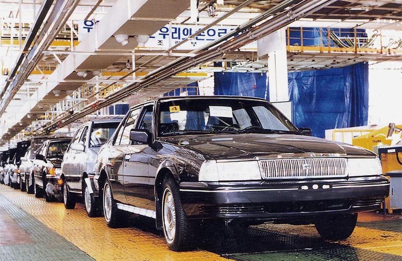 1987-the-midsize-concord-sedan-starts-production